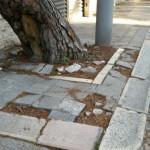 Marciapiede disastrato in Corso Alcide De Gasperi
