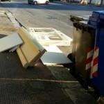 Ingombranti in Via Falcone e Borsellino